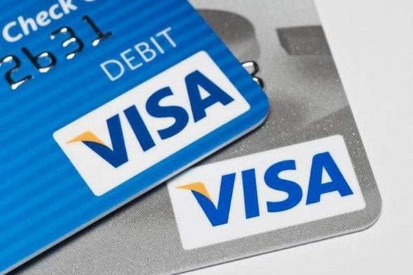 Tại sao nên làm thẻ Visa Debit